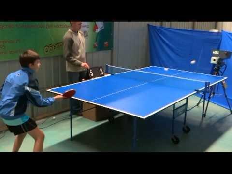 Сыграйте в настольный теннис с роботом